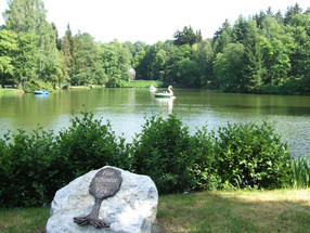 Louisino jezero je klenotem historických park? Bad Elsteru
