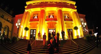Das König Albert Theater zur Festspieleröffnung